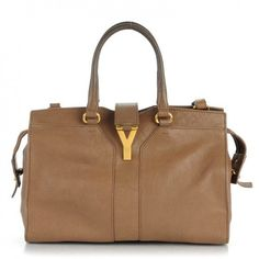 This is an authentic YVES SAINT LAURENT Sheepskin Small Cabas ChYc in Taupe. This ultra-chic tote is crafted of rich and soft sheepskin leather in taupe brown.