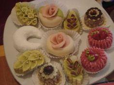 varieté de gateaux algerien Eid Biscuits, Tunisian Food, Afternoon Tea, Deserts, Chips, Food And Drink, Pasta, Sweets, 2013