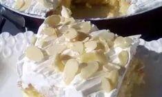 Εξαιρετική συνταγή για εύκολες πάστες αμυγδάλου... Pie, Desserts, Food, Torte, Tailgate Desserts, Cake, Deserts, Fruit Cakes, Essen
