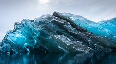 Photographer captures rare, breathtaking images of recently flipped iceberg