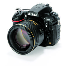 The Nikon D810 DSLR (36 Megapixels, if you count such things) is a photographer's delight: capturing every wrinkle and mole on Aunt Sally's face over Christmas lunch) ...