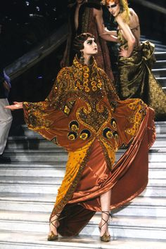 Christian Dior Spring 1998 Couture Accessories Photos - Vogue
