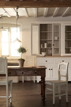 ♕ lovely kitchen by deVOL ~ my farm table is very similar to this one