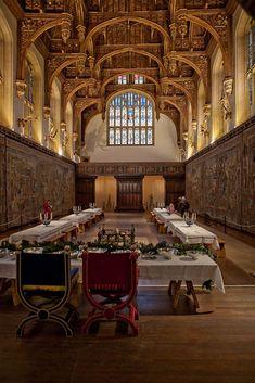A Tudor great Hall - Hampton Court, London Tudor History, British History, Asian History, Dinastia Tudor, Hampton Court, Hampton Palace, Le Palais, Palaces, Abandoned Mansions