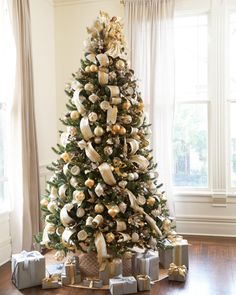 Silver and Gold Christmas Tree - Christmas Tree Decorating Ideas
