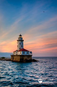 Chicago Lighthouse Sunset by Kenneth Brooks on 500px