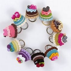Lovely non-eatable cupcakes rings from Amigurumi