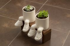 Ideal for Bonzai or succulent plants. Diy Concrete Planters, Ceramic Planters, Planter Pots, House Plants Decor, Plant Decor, Succulent Pots, Planting Succulents, Moodboard Interior, White Clay