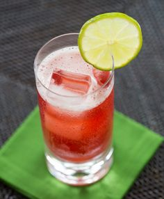 Scarlet O'Hara Cocktail Recipe: Southern Comfort + cranberry juice + lime