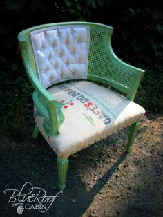 blue roof cabin: Coffee Sack Upholstered Chair details: -Paint color is Resplendent Fern Green (Glidden from Walmart) distressed and finished with clear and dark wax. -Coffee Sack I picked up from a Garage Sale -Chair back fabric is drop cloth Chair Makeover, Furniture Makeover, Cool Furniture, Painted Furniture, Outdoor Furniture Sets, Chair Redo, Furniture Projects, Wood Projects, Chair And Ottoman