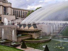 La fontaine la plus impressionnante de Paris au Trocadéro