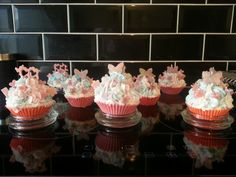 Beautiful soya wax cupcake candles scented in chassis and fig, bubblegum and jellybeans. Im selling these with a thick glass burn tray £6.50 each or three for £15.00, inbox if interested.