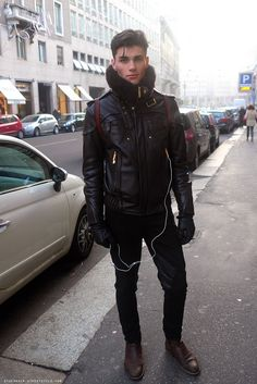 Fashionista wears CHANEL - men: Stockholm street style