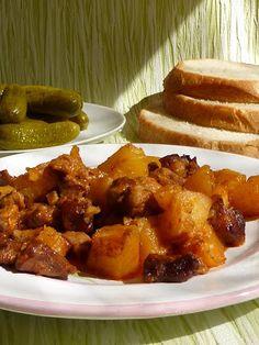 Kiskonyhám ízei: Tepsis brassói Main Dishes, French Toast, Food And Drink, Pork, Breakfast, Ethnic Recipes, Sweet, Hungarian Recipes, Easy Meals
