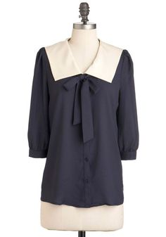 1920's Middy Blouse style sailor top. http://www.vintagedancer.com/1920s/shopping-for-1920s-style-blouses/