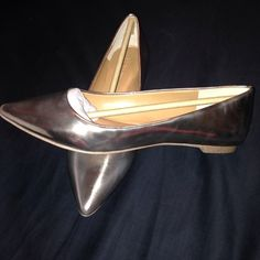 Jcrew metallic  flats Pointed toe metallic flats.  Brand new in box.  Factory JCrew. Color is light rose gold/gold.  True to size 6.  Never worn. Price is negotiable but please be considerate J. Crew Shoes Flats & Loafers