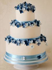 Southeast Ohio Wedding Cakes & Cupcakes - Heavenly Confections, Athens