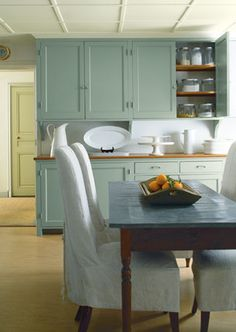 Best colors for the Farmhouse look.