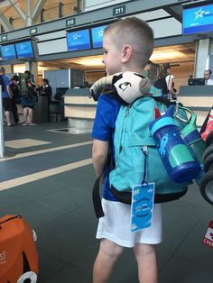 Best Luggage for Kids | Toddler to Tween Carry On Suitcase comparisons | Baggage Tips | #carryon #backpack | Best Childrens rolling luggage chart