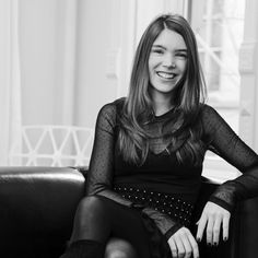 A designer francesa Juliette Longuet desembarca esta semana no Brasil (Foto: Divulgação) - http://epoca.globo.com/colunas-e-blogs/bruno-astuto/noticia/2014/11/designer-francesa-bjuliette-longuetb-desembarca-essa-semana-no-brasil.html