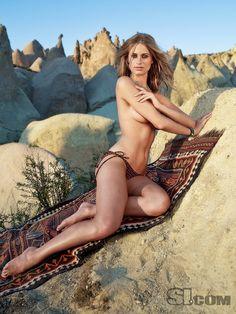 Julie Henderson - Sports Illustrated Swimsuit 2009