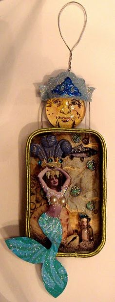 Mermaid  in Altoid tin...WONDERFUL!!!