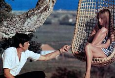 Alain Delon and Jane Birkin in La Piscine.