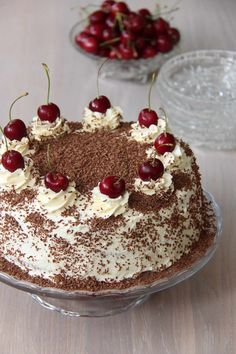 Mine 10 beste festkaker! - My Little Kitchen Black Forest Cake, Recipe Boards, Little Kitchen, Cake Recipes, Deserts, Food And Drink, Pudding, Chocolate, Ethnic Recipes