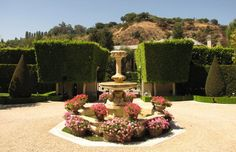 Lisa Vanderpump House Tour | The Times New Roman: Lux Living: RHOBHs Lisa Vanderpumps Estate