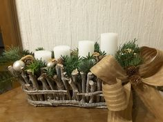 Adventgesteck weiß,  rustikal 2017 Advent, Table Decorations, Furniture, Home Decor, Rustic, Homemade Home Decor, Home Furnishings, Decoration Home, Arredamento