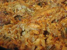 Rata cu varza murata la cuptor - Rețetă Petitchef Romanian Food, Carne, Cabbage, Food And Drink, Meat, Chicken, Recipes, Travel, Viajes