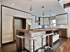 9 Respected Cool Ideas: Kitchen Remodel Cost Open Shelves kitchen remodel tips easy diy.Kitchen Remodel Design Open Shelves old kitchen remodel beautiful. Home Decor Kitchen, New Kitchen, Home Kitchens, Modern Kitchen Design, Interior Design Kitchen, Kitchen Layout Plans, Open Concept Kitchen, Küchen Design, Kitchen Remodel