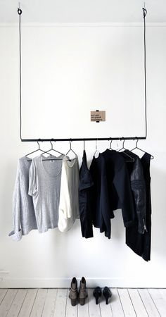 La maison d'Anna G.: Godhemsgatan\ Wardrobe \ Home Decor \ Interior Design Home Staging, Room Inspiration, Interior Inspiration, Creative Closets, Minimalist Closet, Minimalist Clothing, Minimalist Fashion, Hanging Closet, Hanging Wardrobe