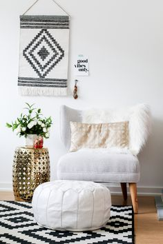 Need to spruce up a small space? Lifestyle blogger Cait of PrettyandFun.com shows how to incorporate Target style pieces into any corner of your home: http://www.prettyandfun.com/2016/01/making-space-time.html