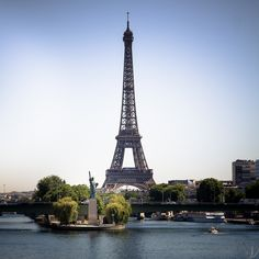 https://flic.kr/p/vuK36T | Eiffel tower and the Statue of Liberty in Paris | Eiffel tower and the little Statue of Liberty in Paris, France