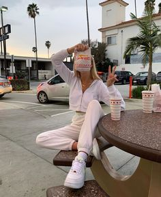 March 03 2020 at fashion-inspo Teenage Outfits, Lazy Outfits, Cute Casual Outfits, Retro Outfits, School Outfits, Girl Outfits, Fashion Outfits, Trendy Winter Outfits, Cute Lounge Outfits