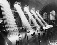 La memoria histórica de la arquitectura de Nueva York | Cultura | EL PAÍS  - La memoria histórica de la arquitectura de Nueva York: New York City Landmark Preservation Commission  http://cultura.elpais.com/cultura/2015/04/20/actualidad/1429529767_342247.html vía @el_pais