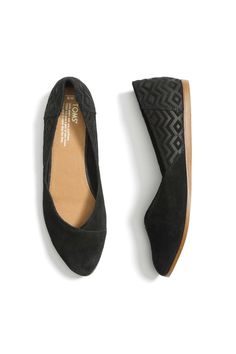 Love Toms. Love these.