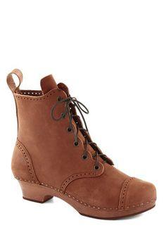 mytheresa.com - Pistol short suede ankle boots - mid heel