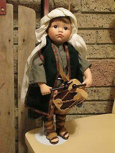 The Little Drummer Boy, Ashton Drake Galleries Movable, music doll
