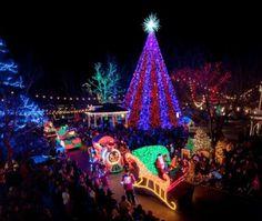 Silver Dollar City - Old Time Christmas - Reeds Spring, MO #Yuggler #KidsActivities #Holiday