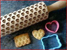 Skull rolling pin! Imagine the possibilities!