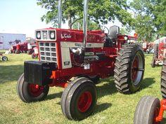 IH 1468 Twin Turbo