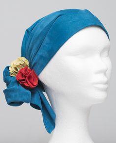 Scarflett®, un foulard en cuir tout doux pour couvrir l'alopécie, à retrouver en 32 couleurs Band, Accessories, Fashion, Scarf Head, Colors, Everything, Leather, Woman, Moda