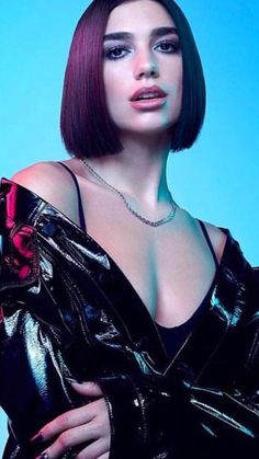 Dua Lipa🧡💋🧡 you luck so beautiful love i like Dua Lipa Concert, My Dua, Nelly Furtado, Famous Singers, Christina Aguilera, Female Singers, Divas, Girl Crushes, People