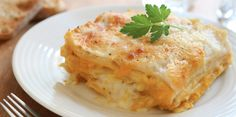 Slow Cooker Butternut Squash Lasagna - Serve with a fresh salad, and your meal is complete!  YUMMY!  www.GetCrocked.com