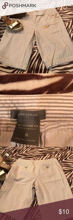 Ann Taylor size 8 classic Bermuda shorts Ann Taylor size 8 classic Bermuda shorts Ann Taylor Shorts Bermudas