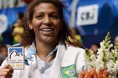 A mão invisível de Dilma foi vital no ouro de Rafaela