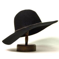 The Haylee Floppy Felt Hat - Nectar Clothing #floppyhat #black #fallstyle