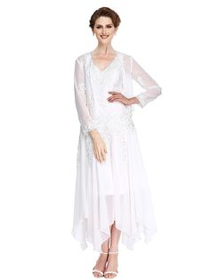 2017 Lanting Bride® A-line Mother of the Bride Dress Asymmetrical Long Sleeve Chiffon with Appliques / Beading - USD $107.99 ! HOT Product! A hot product at an incredible low price is now on sale! Come check it out along with other items like this. Get great discounts, earn Rewards and much more each time you shop with us!